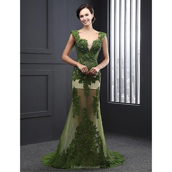 Formal Evening Dress - Dark Green A-line V-neck Sweep/Brush Train Lace Special Occasion Dresses