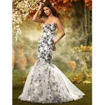 Fit & Flare Misses/Pear/Inverted Triangle/Hourglass/Apple/Petite Wedding Dress - Print Court Train Spaghetti Straps Lace/Organza/Satin Special Occasion Dresses