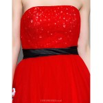 Cocktail Party / Prom / Homecoming / Holiday Dress - Ruby Plus Sizes / Petite A-line Strapless Knee-length Tulle Special Occasion Dresses