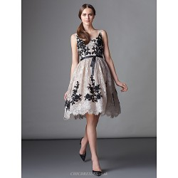 Cocktail Party Dress - Ball Gown Scoop Knee-length Lace
