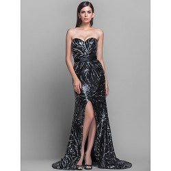 Formal Evening / Military Ball Dress - Black Plus Sizes / Petite Sheath/Column Strapless / Sweetheart Sweep/Brush Train Sequined