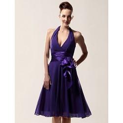 Knee-length Chiffon Bridesmaid Dress - Regency Plus Sizes / Petite A-line Halter / V-neck
