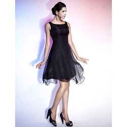 Cocktail Party / Holiday Dress - Black Plus Sizes / Petite A-line / Princess Straps / Square Knee-length Chiffon