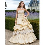 Prom / Formal Evening / Quinceanera / Sweet 16 Dress - Champagne Plus Sizes / Petite Ball Gown / A-line / Princess Strapless Floor-length Special Occasion Dresses