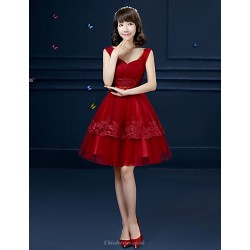 Formal Evening Dress Burgundy Ball Gown Spaghetti Straps Knee Length Tulle