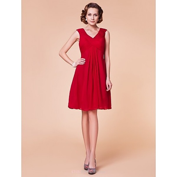Sheath/Column Plus Sizes / Petite Mother of the Bride Dress - Ruby Knee-length Sleeveless Chiffon Mother Of The Bride Dresses