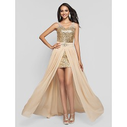 Formal Evening / Prom / Military Ball Dress - Champagne Plus Sizes / Petite Sheath/Column V-neck / Straps Short/Mini / Floor-length