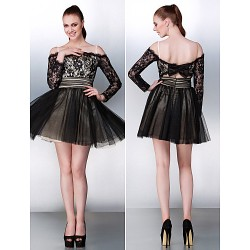 Cocktail Party / Formal Evening Dress - Black Plus Sizes / Petite A-line Off-the-shoulder Short/Mini Tulle