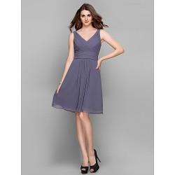 Cocktail Party / Holiday / Prom Dress - Silver Plus Sizes / Petite Sheath/Column V-neck Knee-length Chiffon