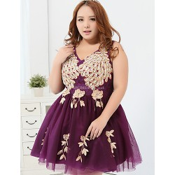 Cocktail Party Dress - Ruby / Grape Plus Sizes Ball Gown V-neck Short/Mini Polyester