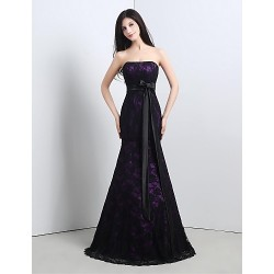 Formal Evening Dress - Grape Petite Trumpet/Mermaid Strapless Floor-length Lace