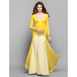 Formal Evening Dress - Daffodil Plus Sizes / Petite Sheath/Column V-neck Sweep/Brush Train Georgette