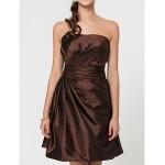 Wedding Party / Homecoming / Cocktail Party Dress - Brown A-line / Princess Strapless / Spaghetti Straps Short/Mini Taffeta Celebrity Dresses