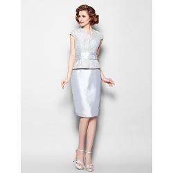 Sheath/Column Plus Sizes / Petite Mother of the Bride Dress - Silver Knee-length Short Sleeve Lace / Taffeta