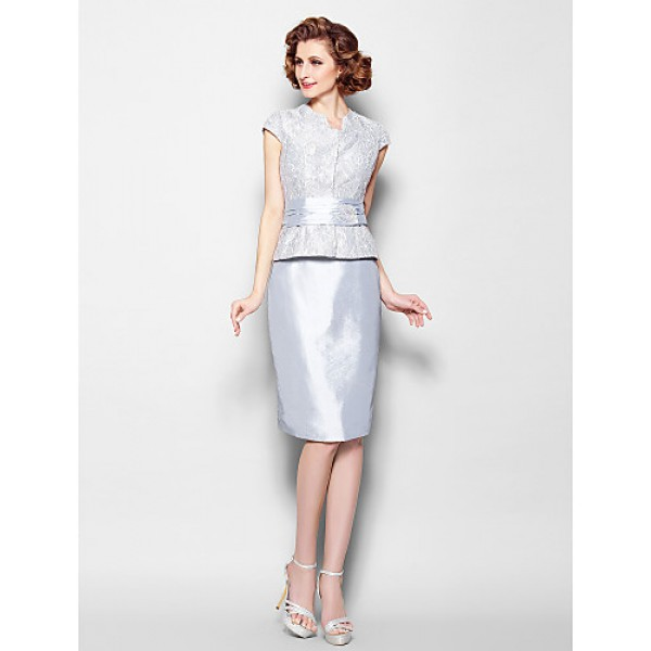 Sheath/Column Plus Sizes / Petite Mother of the Bride Dress - Silver Knee-length Short Sleeve Lace / Taffeta Mother Of The Bride Dresses