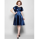 A-line Plus Sizes / Petite Mother of the Bride Dress - Dark Navy Knee-length Short Sleeve Stretch Satin / Lace Mother Of The Bride Dresses