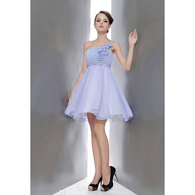 f1f91a62d4 ... Knee-length Chiffon Bridesmaid Dress - Champagne   White   Ruby    Fuchsia   Lavender